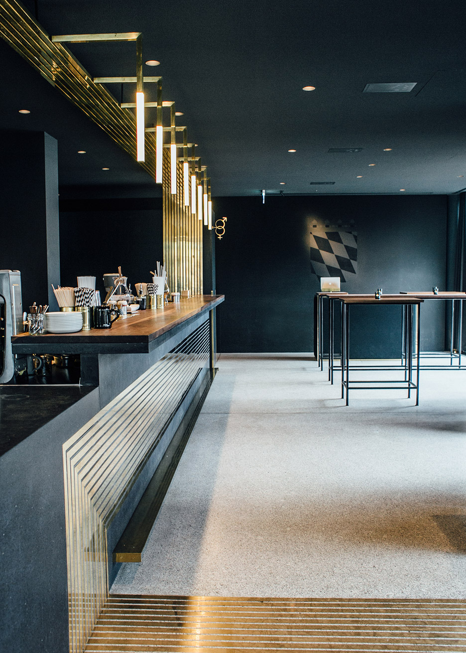 architecture_brass_vein_modern_residence_design_studia_interiors_osnovadesign_osnova_poltava_02