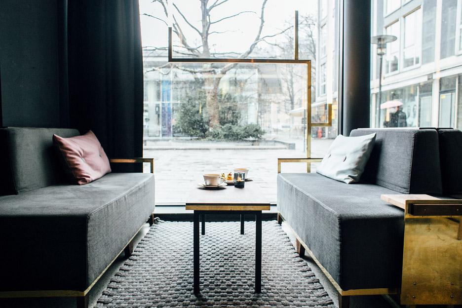 architecture_brass_vein_modern_residence_design_studia_interiors_osnovadesign_osnova_poltava_06