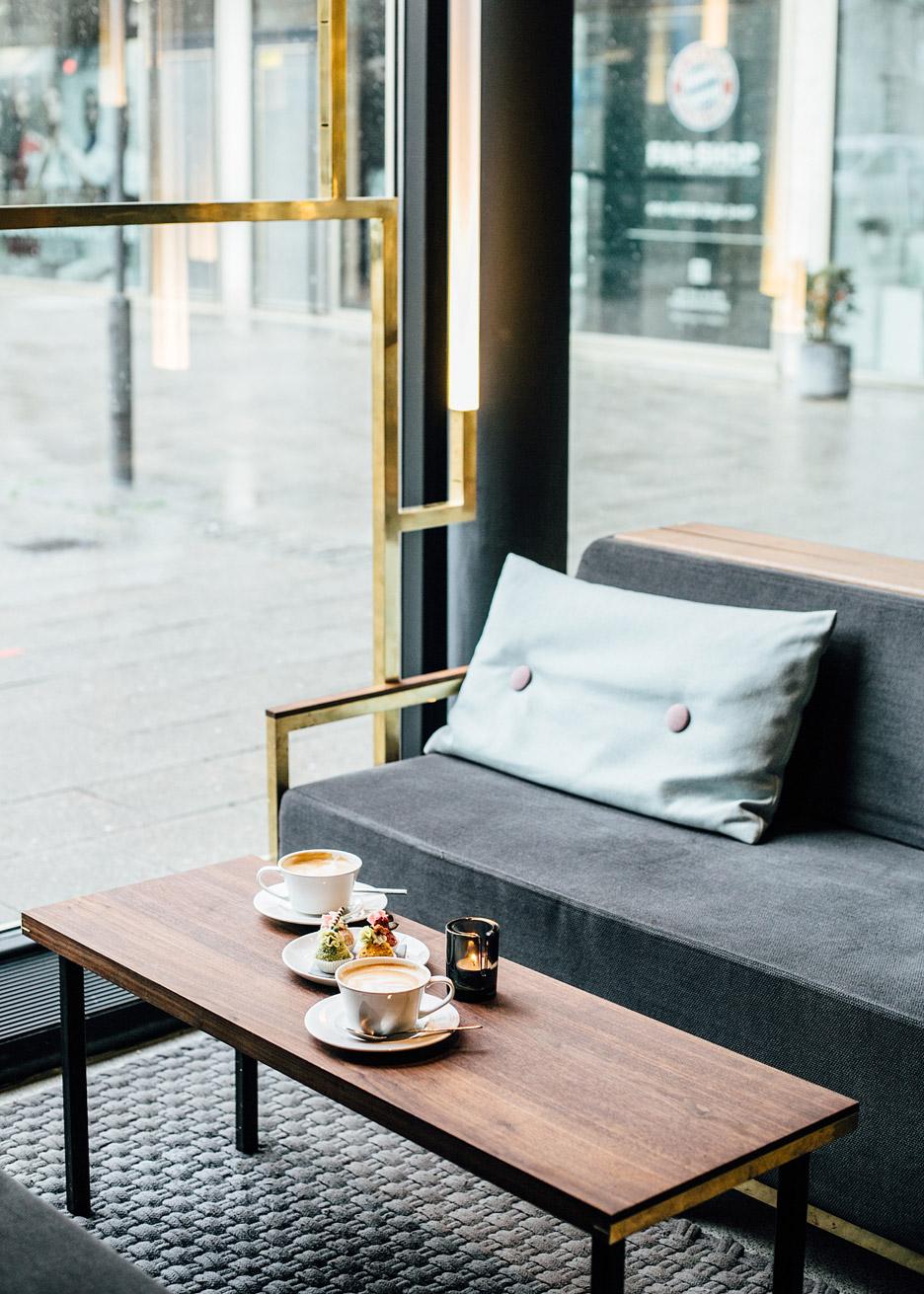 architecture_brass_vein_modern_residence_design_studia_interiors_osnovadesign_osnova_poltava_07