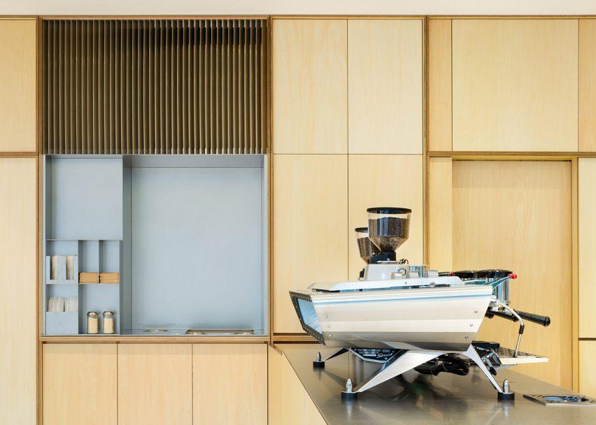 architecture_panels_of_plywood_tokyo_design_studia_interiors_osnovadesign_osnova_poltava_05