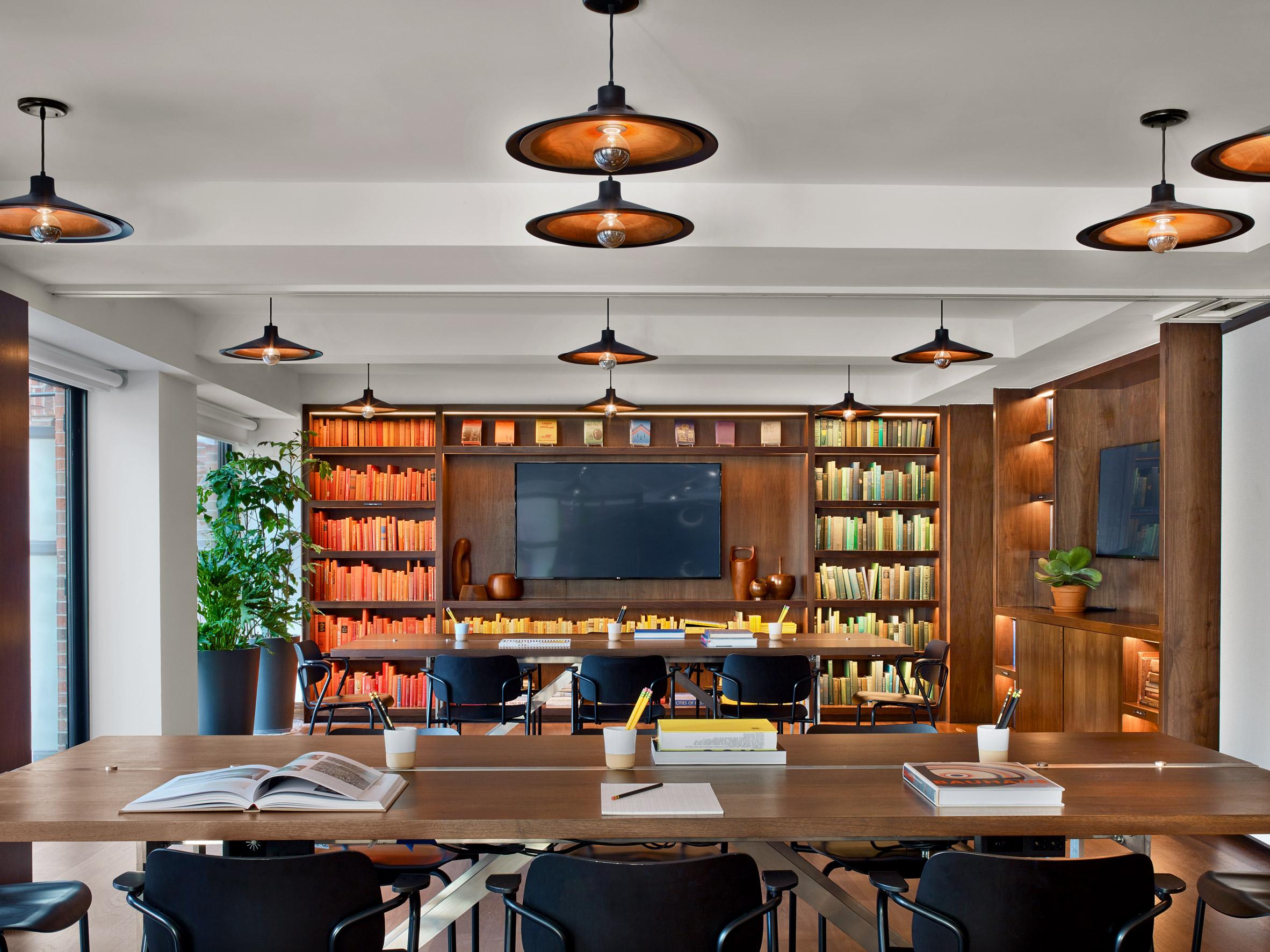 architecture-new-york-city-micro-hotel-design-studia-interiors-osnovadesign-osnova-poltava_03