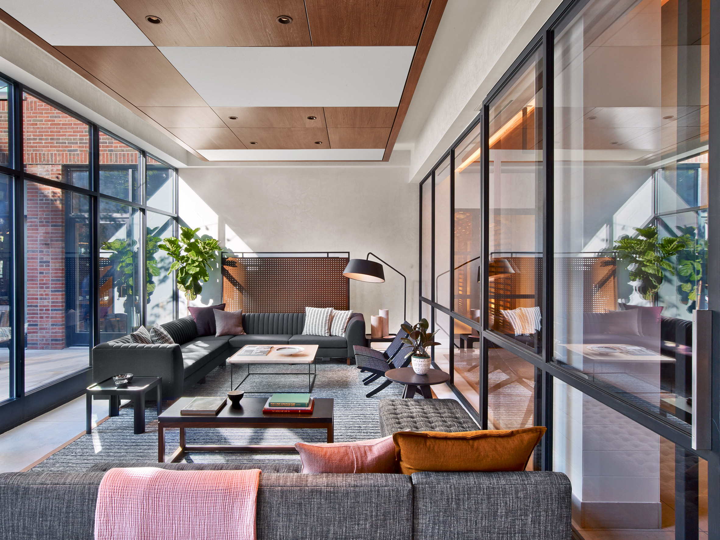 architecture-new-york-city-micro-hotel-design-studia-interiors-osnovadesign-osnova-poltava_09